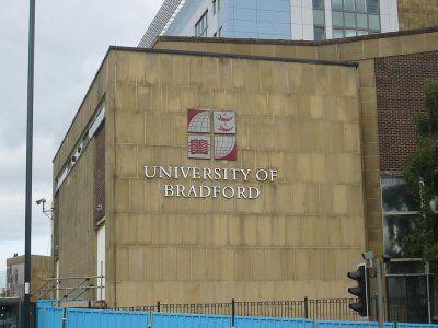 英国のブラッドフォード大学
